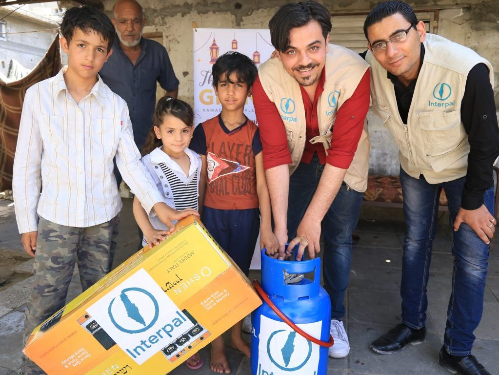 In pictures: helping families in Gaza cope with ongoing power cuts